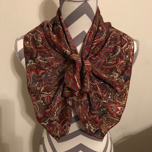Mademoiselle Scarf with Velcro Closure